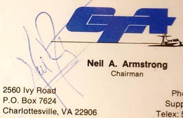 tarjeta de presentación de famosos Armstrong